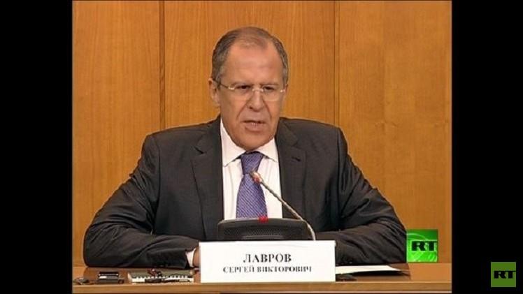لافروف: شعب أوكرانيا  يجب أن يقرر مستقبله دون أي تدخل خارجي