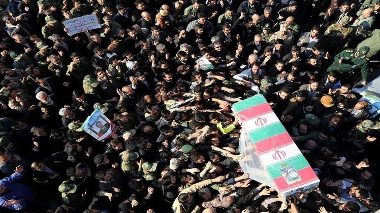 إيران تتوعد إسرائيل بضربات مؤلمة بعد قتلها أحد قادة الحرس الثوري