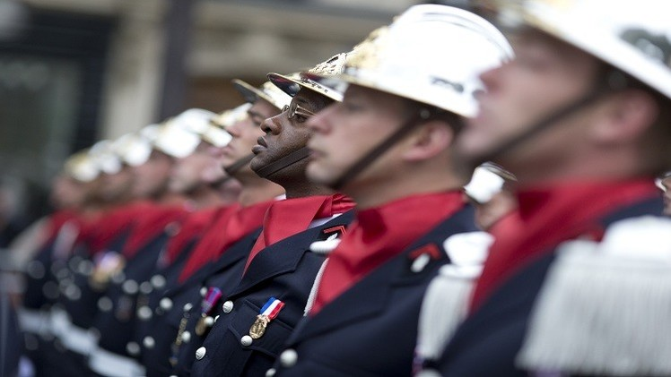 ضباط فرنسيون سابقون يلتحقون بصفوف تنظيم