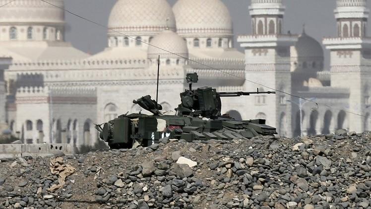 مقتل 35 شخصا في معارك بين الجيش والحوثيين بالعاصمة اليمنية صنعاء