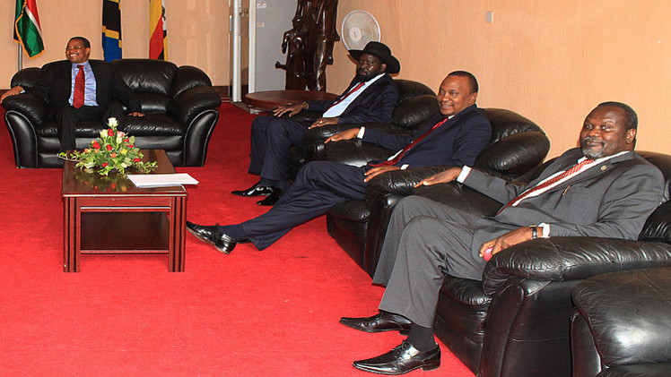 أطراف النزاع في جنوب السودان توقع اتفاق سلام في تنزانيا