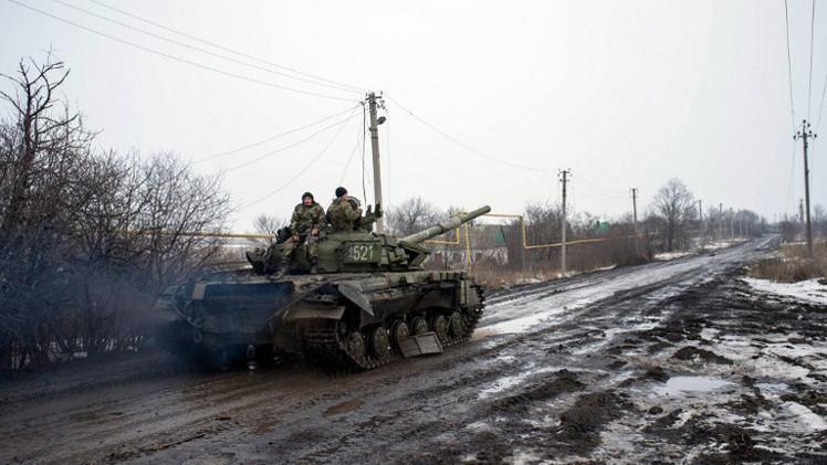 موغيريني تدعو إلى سحب الأسلحة الثقيلة من خطوط المواجهة شرق أوكرانيا