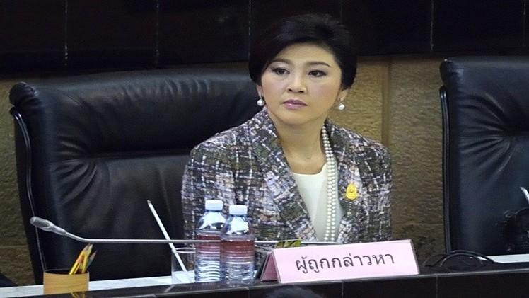 حرمان رئيسة وزراء تايلاند السابقة من ممارسة العمل السياسي 5 سنوات