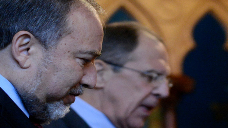 الإذاعة الإسرائيلية: ليبرمان ينقل إلى سوريا وإيران رسائل طمأنة عبر موسكو