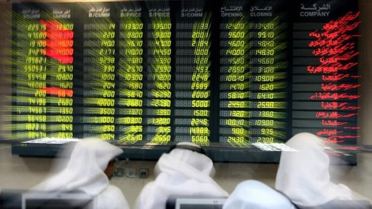 الأسواق الخليجية تتباين في بداية تداولات الأسبوع