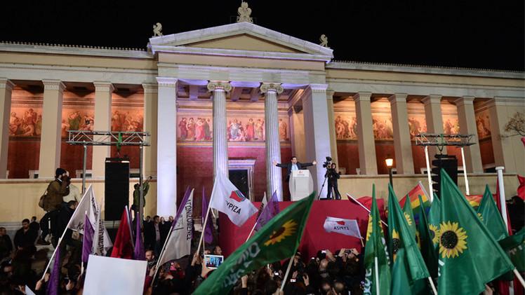 مقرضو اليونان يدعونها لاحترام التزاماتها المالية