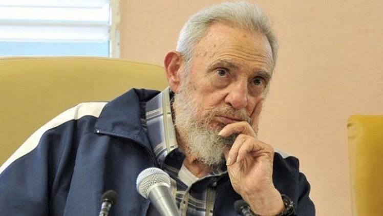 فيدل كاسترو:  لا أثق بأمريكا ولا أعارض تقارب كوبا معها