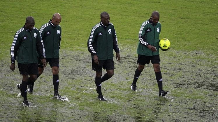 نقل مباريات في كأس أمم إفريقيا بسبب سوء أرضية الملاعب