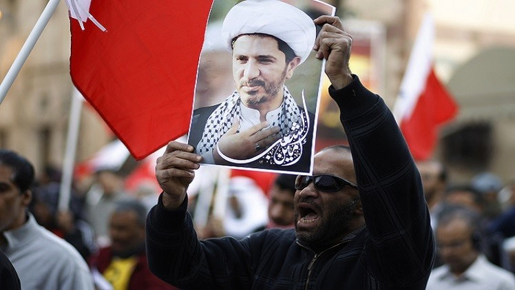البحرين.. علي سلمان ينفي التهمة الموجهة إليه وتأجيل محاكمته إلى 25 فبراير