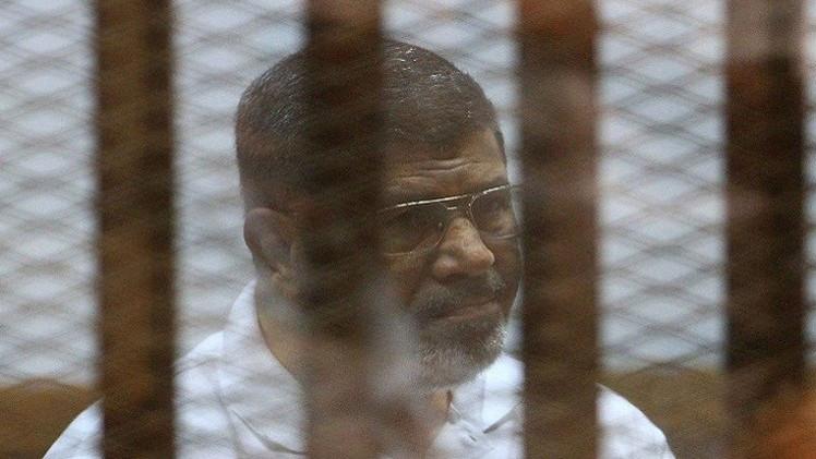 النطق بالحكم على مرسي بقضية التخابر في منتصف مايو