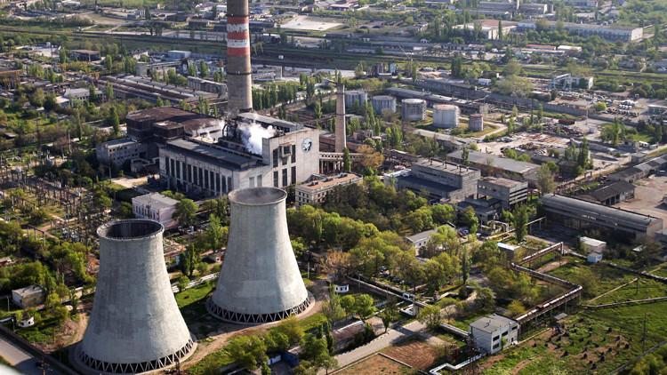 مدفيديف: الغاية من توريد الكهرباء الى أوكرانيا ضمان تزويد القرم الروسية بالطاقة