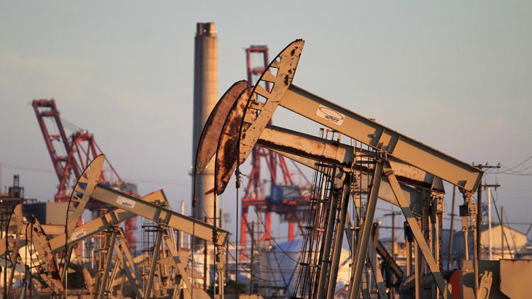 انخفاض أسعار النفط يلائمهم