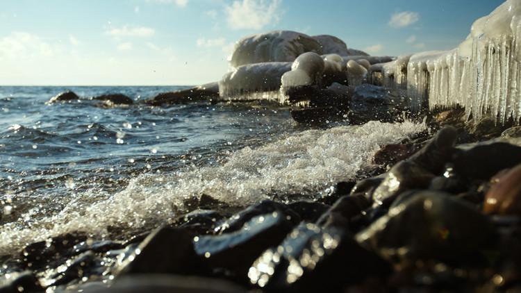 الحكومة الروسية قلقة جدا من انخفاض نسبة تدفق المياه إلى بحيرة بايكال
