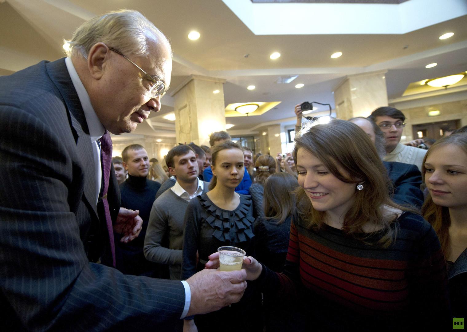 جامعة موسكو الحكومية تحتفل بعيد ميلادها الـ 260