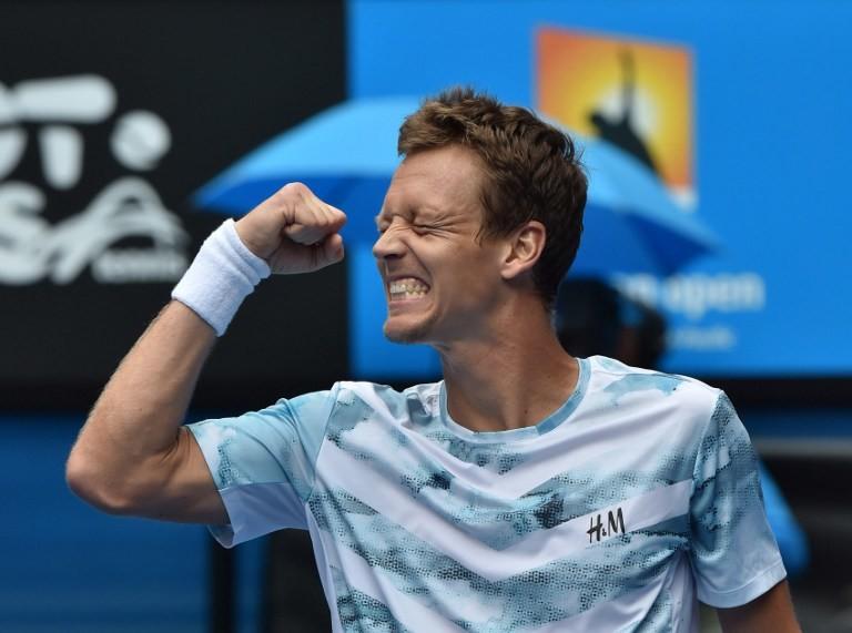بيرديتش يحقق المعجزة بالفوز على نادال في بطولة أستراليا المفتوحة