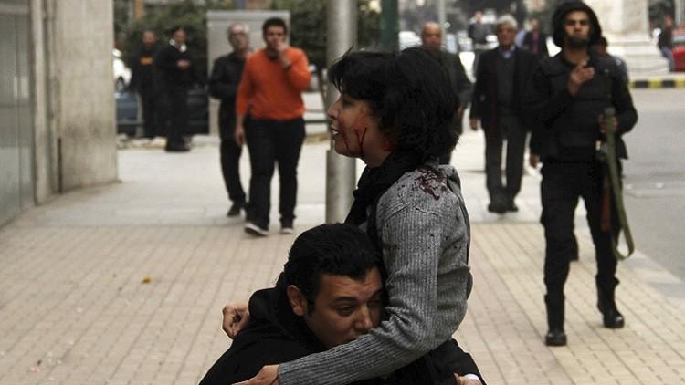 وقفة احتجاجية نسوية بالقاهرة تطالب بالتحقيق في مقتل ناشطة