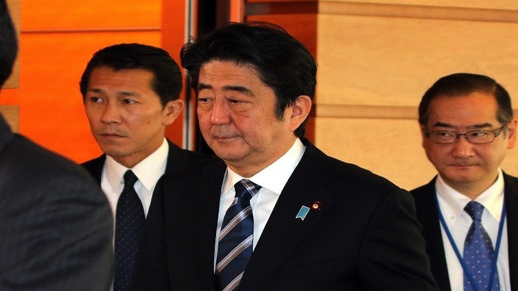 آبي نحو إلغاء حظر نشر الجيش الياباني في الخارج