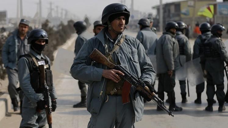 مقتل 11 من الشرطة الأفغانية في هجومين لطالبان