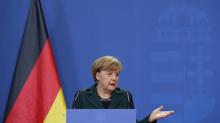 ميركل: ألمانيا لن تزود أوكرانيا بالأسلحة
