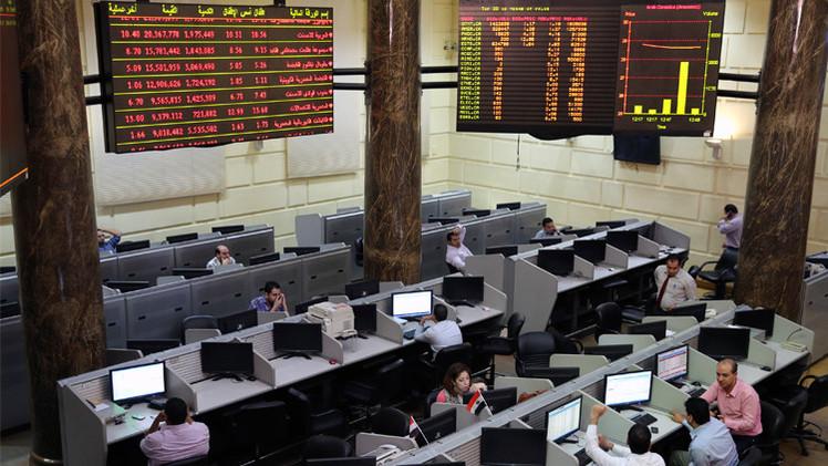 المؤشرات المصرية ترتفع بدعم مشتريات العرب والأجانب