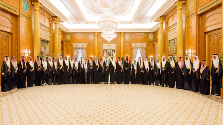 الملك سلمان: السعودية لن تحيد عن نهجها
