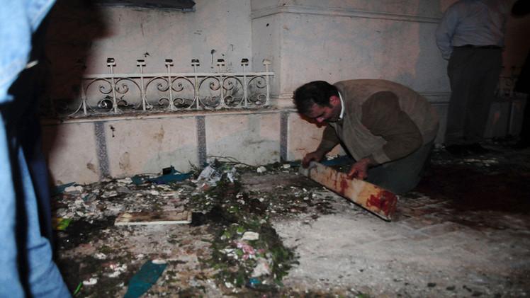 قتيل في انفجار قنبلة بالاسكندرية وتفكيك قنبلتين في مطار القاهرة