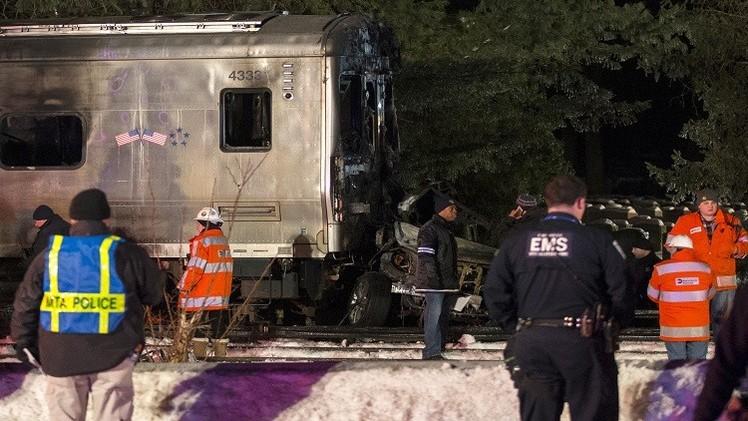 نيويورك.. 7 قتلى في اصطدام قطار بسيارة (فيديو)