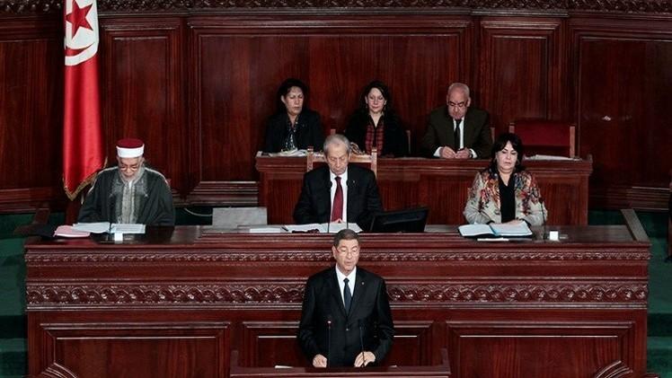 البرلمان التونسي يرجئ للخميس منح الثقة لحكومة الصيد