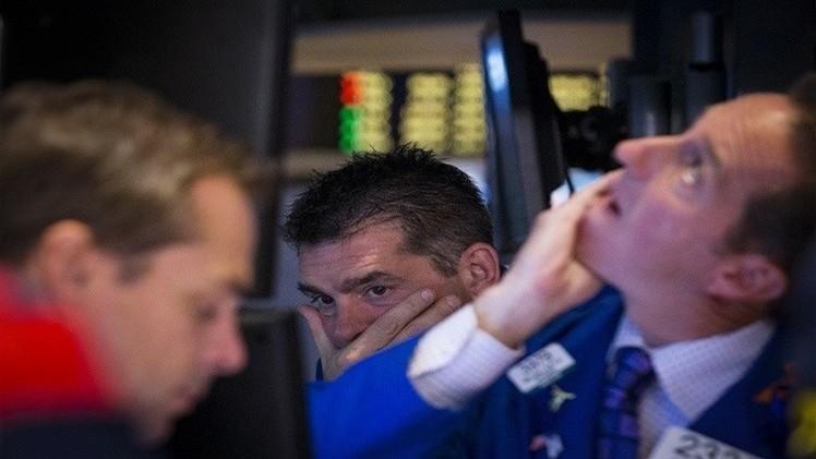 المؤشرات الأمريكية تتراجع متأثرة بأسعار النفط