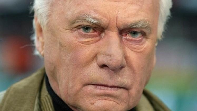وفاة مدرب بايرن ميونيخ وبرشلونة السابق أودو لاتيك