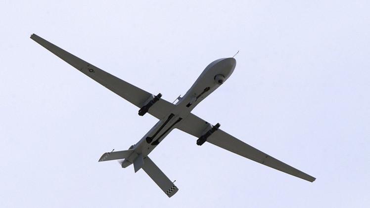 القاعدة في اليمن تعلن مقتل أحد قيادييها في غارة طائرة أمريكية بلا طيار