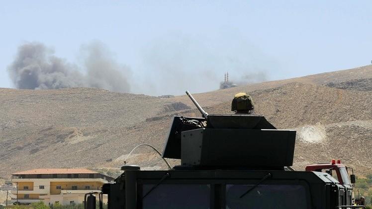 الجيش اللبناني يقصف مواقع المسلحين بجرود عرسال