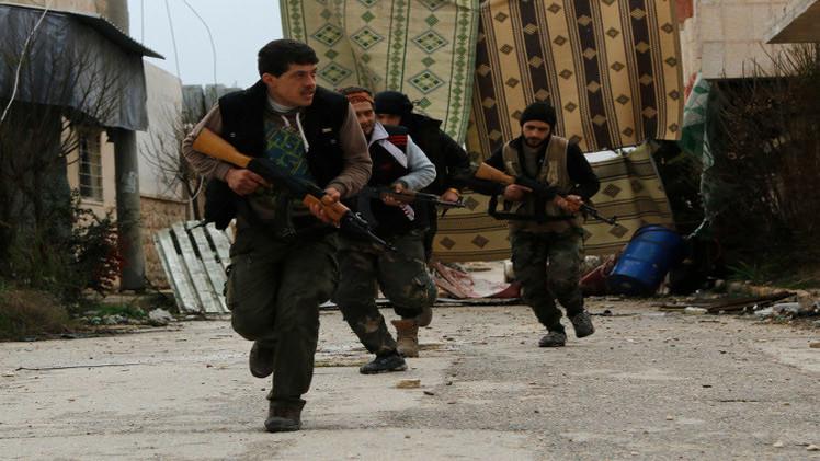 مسلحون من المعارضة ينضمون إلى الجيش السوري