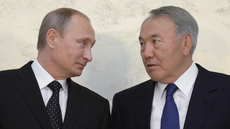 بوتين ونزاربايف يناقشان تسوية الأزمة الأوكرانية