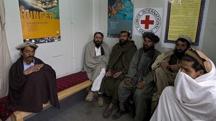 الصليب الأحمر: 1372 قتيلا بالمعارك في أفغانستان خلال 2014