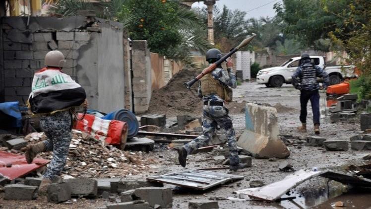 مقتل وإصابة العشرات بتفجيرين انتحاريين جنوب تكريت