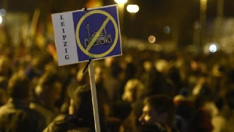 ازدياد الأعمال المعادية للإسلام في فرنسا بنسبة 70%