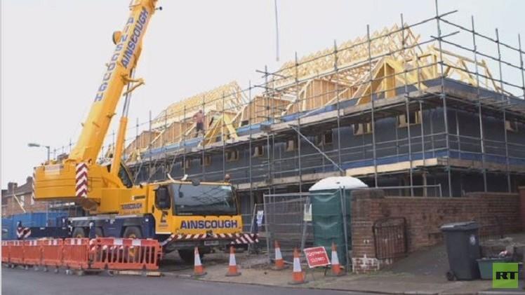 بالفيديو من المملكة المتحدة.. شاهد أول بيوت في العالم مصنوعة من القش