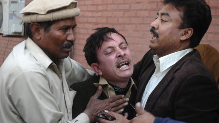 مقتل 19 شخصا بتفجيرات في بيشاور بباكستان