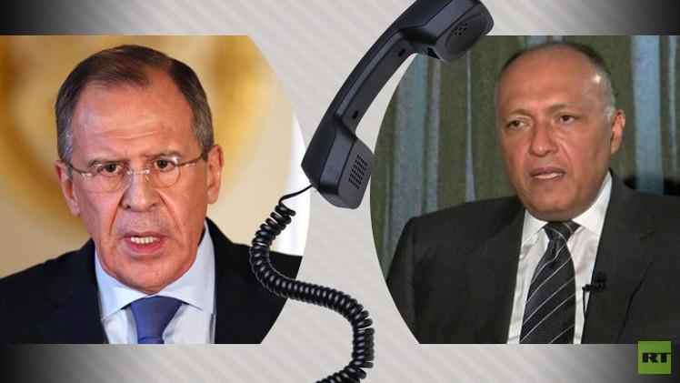 لافروف وشكري يبحثان أوضاع الشرق الأوسط وليبيا