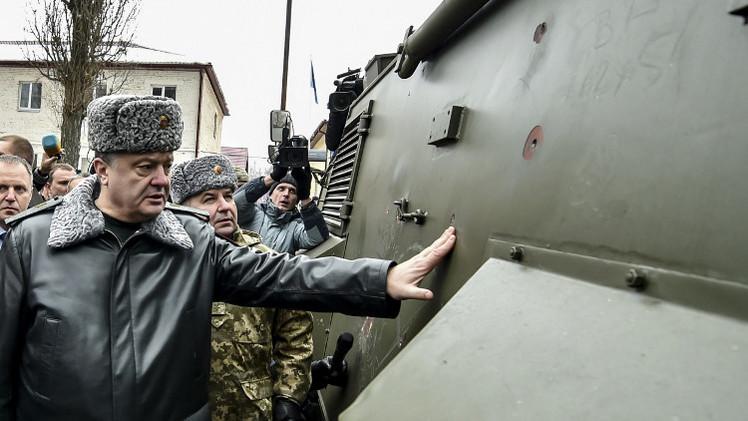 بوروشينكو يلوح بالتصعيد في حال خرق الهدنة