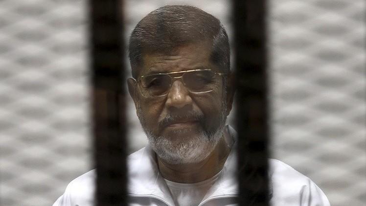 تأجيل محاكمة مرسي في قضية التخابر مع قطر
