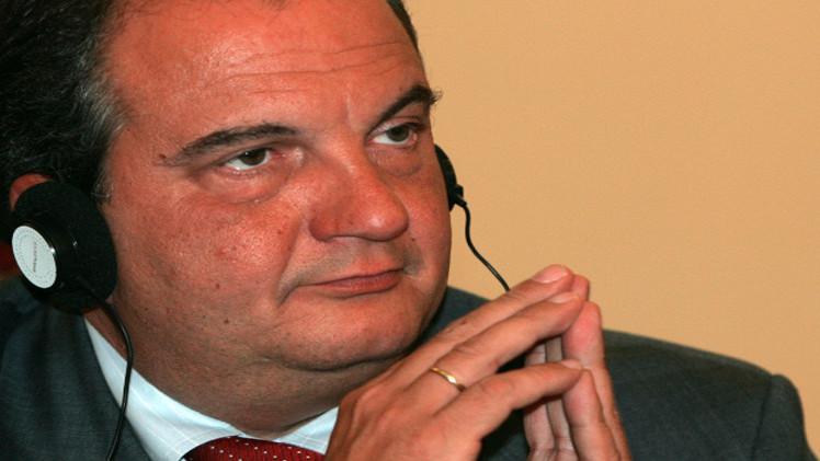 اليونان.. أمر قضائي بالقبض على أمريكي تنصت على رئيس الوزراء