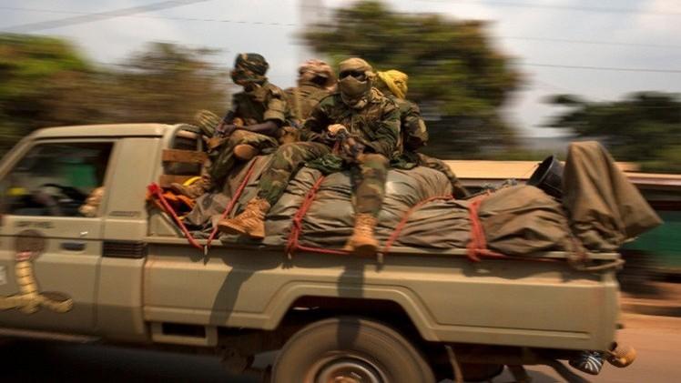 مواجهات بالكاميرون .. 5 قتلى من الجيش و86 من