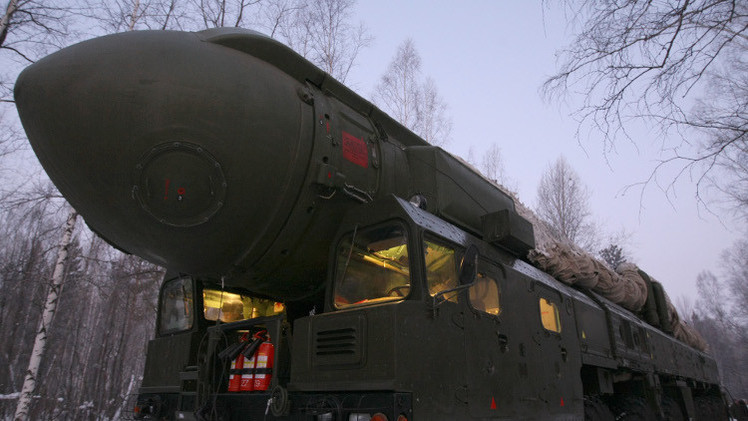 القوات الصاروخية الروسية تجري اختبارا لقدرتها القتالية