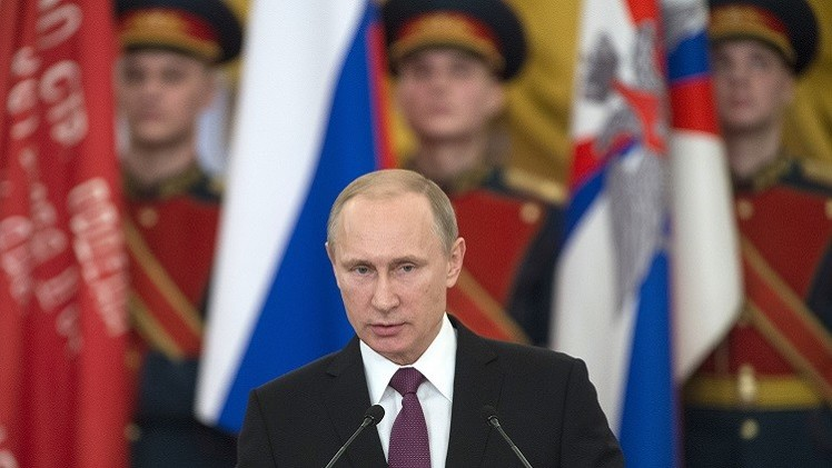 بوتين: واهم من يفكر بتفوق عسكري على روسيا