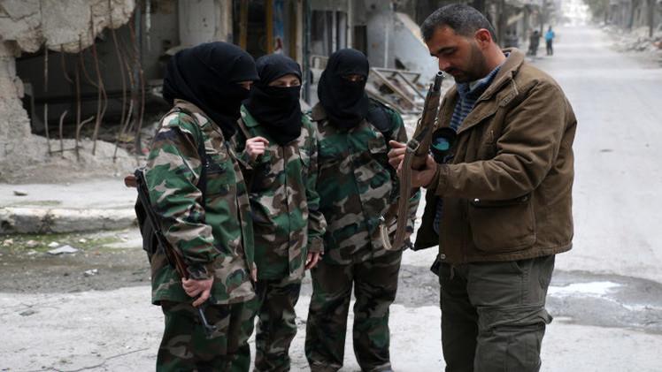 الأمن البريطاني يبحث عن 3 فتيات توجهن إلى سوريا