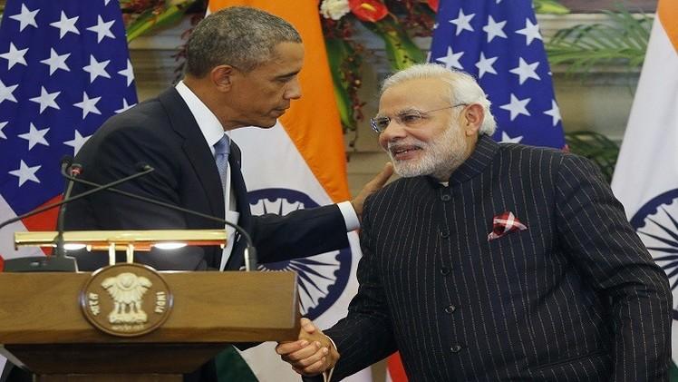 رئيس وزراء الهند يبيع بذلته بـ 700 ألف دولار