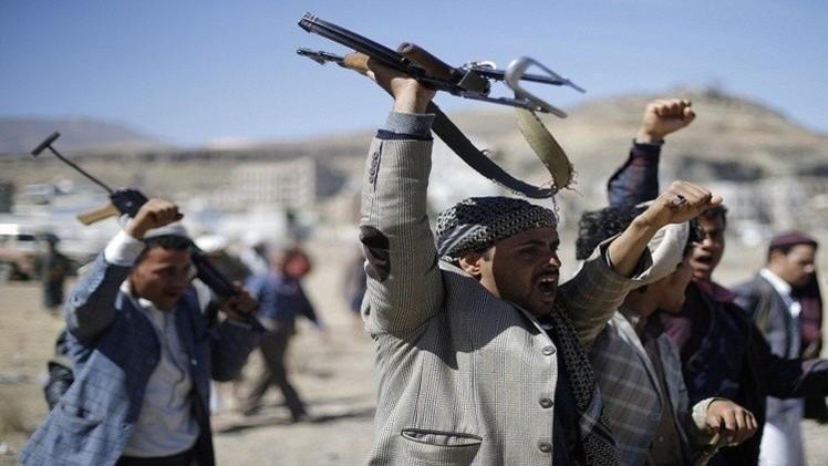 اليمن.. الحوثيون يهددون بمحاكمة بحاح وأعضاء حكومته بتهمة