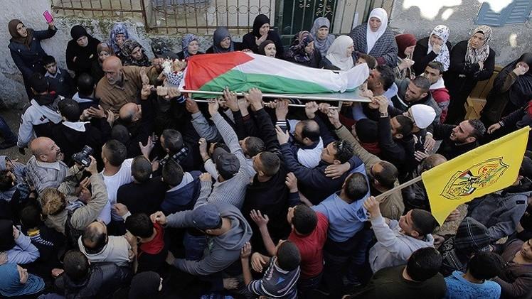 الجيش الإسرائيلي يقتحم مخيم الدهيشة ويقتل شابا فلسطينيا